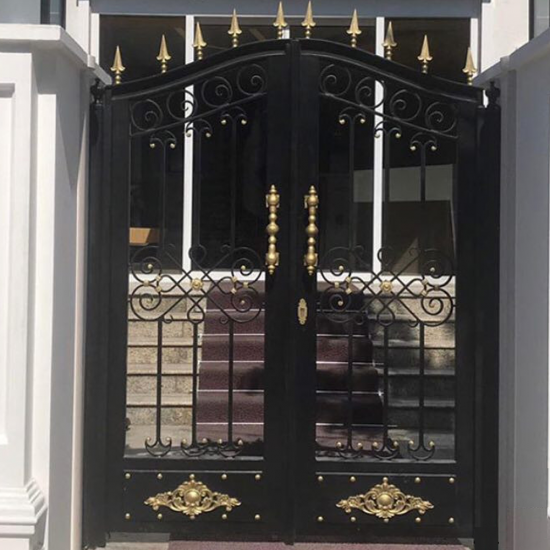 Ferforje Bahçe Kapısı Klasik Siyah